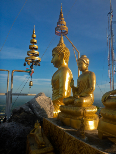 Statues on top of the temple